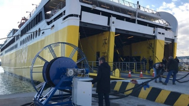Plug in of the passenger ro-ro ferry Fior Di Levante, with the first pilot installation for shore based electrification, port of Killini.