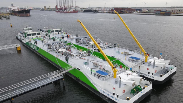 Sister vessels FlexFueler 001 and FlexFueler 002 during tests in the Port of Amsterdam (image source: Titan LNG)