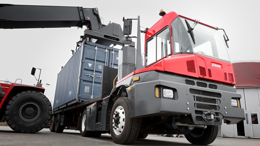 kalmar trattori muletti portuali T2%20tractor%20(2)%2016-9