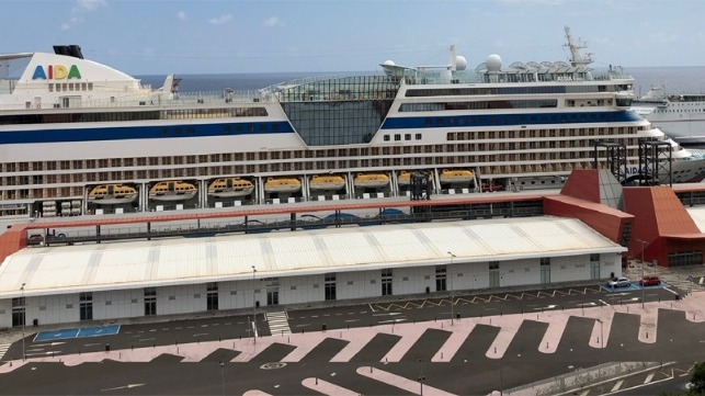 Canary Islands permits restart of cruising