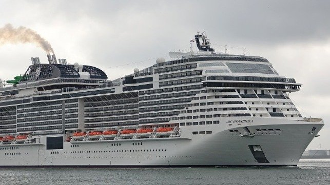 Video: New MSC Cruise Ship Strikes Dock in Palermo