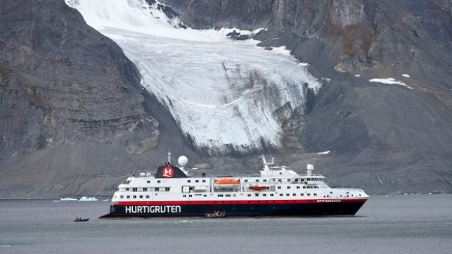 Photo: Hurtigruten - Lise Dreistel