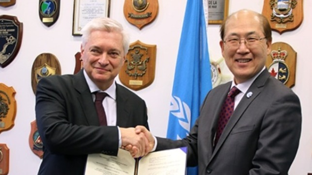 The GloLitter Partnerships Project agreement was signed by IMO Secretary-General Kitack Lim and His Excellency Wegger Chr. Strømmen, Norway's Ambassador to the United Kingdom of Great Britain and Northern Ireland, on December 5, 2019.