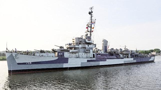 Historic Wwii Vintage Destroyer To Transit New York S Hudson River