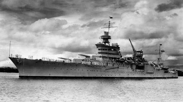 USS Indianapolis off Hawaii, 1937 (Naval History and Heritage Command)