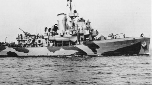 New Cutter to be Named After Heroic WWII Rescue Swimmer