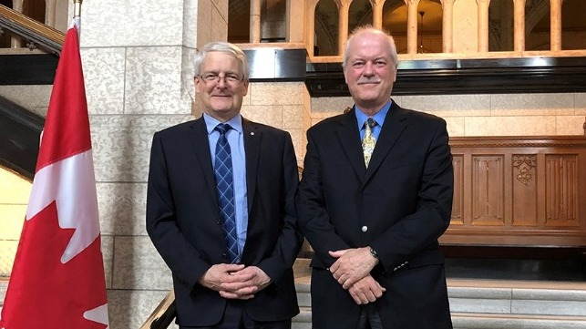 Marc Garneau, Minister of Transport and Marc Gr?goire, Chairperson, Pilotage Act Review