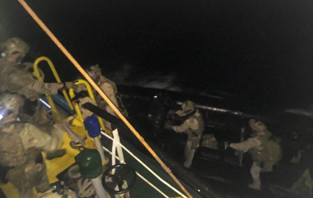 Boarding team departs (EUNAVFOR)