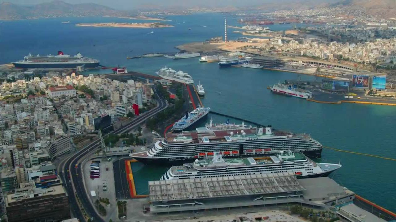 Greece Conflicted Over Privatization Of Piraeus