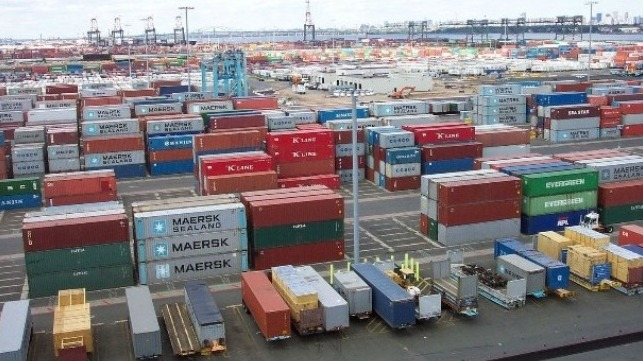 fall in retailers' imports hurts container port volumes