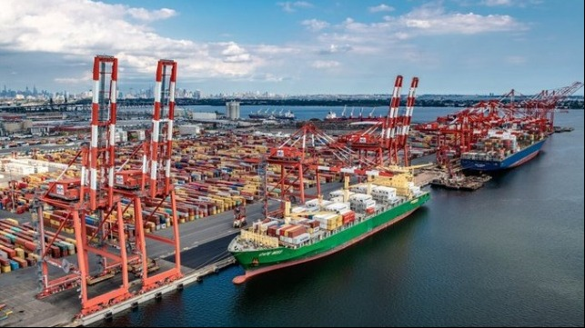 NY NJ port is second largest container port in USA