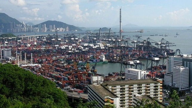 Hong Kong and Singapore confronted with new COVID-19 cases in port