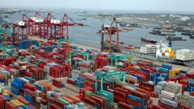 China opens ports for foreign crew change
