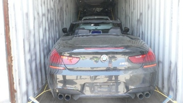 US and Canadian authorities discovered stolen cars being smuggled through ports in containers
