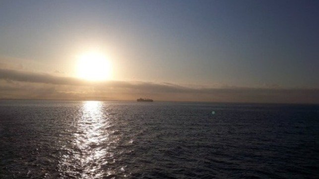 research decarbonizing current ships
