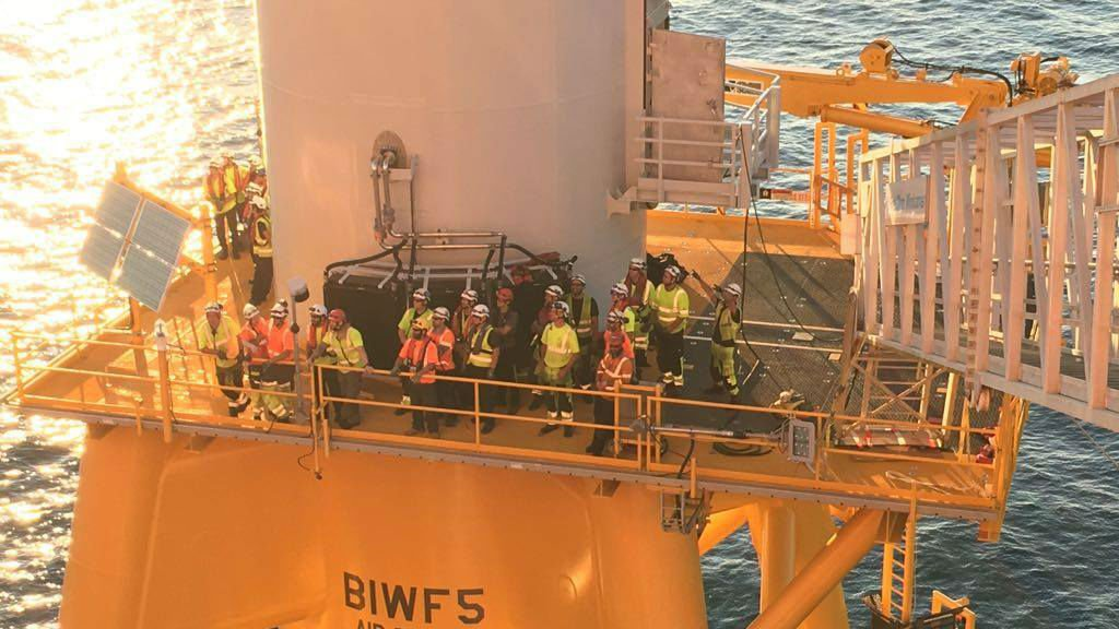 Construction finishes on the 1st US offshore wind farm