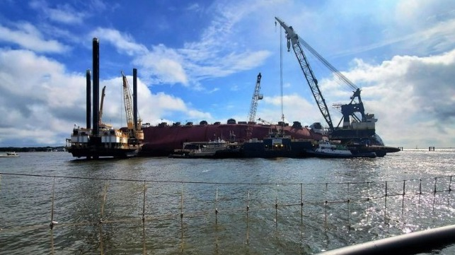 lift vessel to move to Golden Ray salvage site