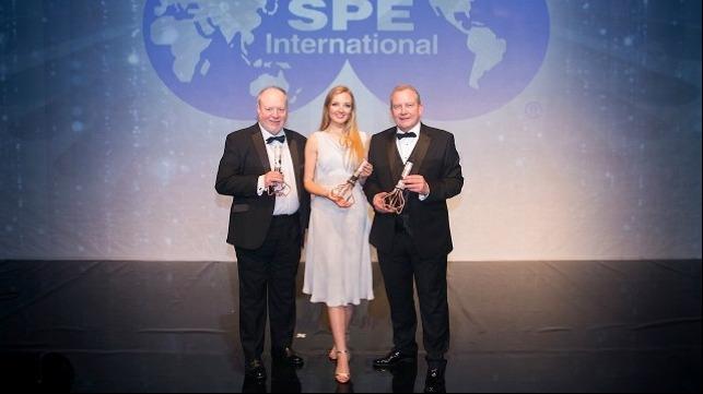 From left to right: John Fraser (Sparrows Group), Laura Steedman (BP), Ray Riddoch (Nexen Petroleum U.K. Limited)